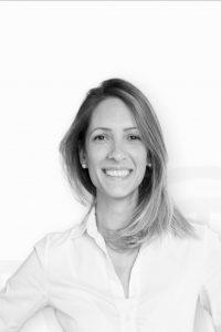 Ana Korina Ulloa Coach Profesional
